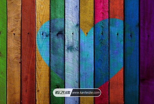 非常有纹理质感的五彩云杉木板背景素材