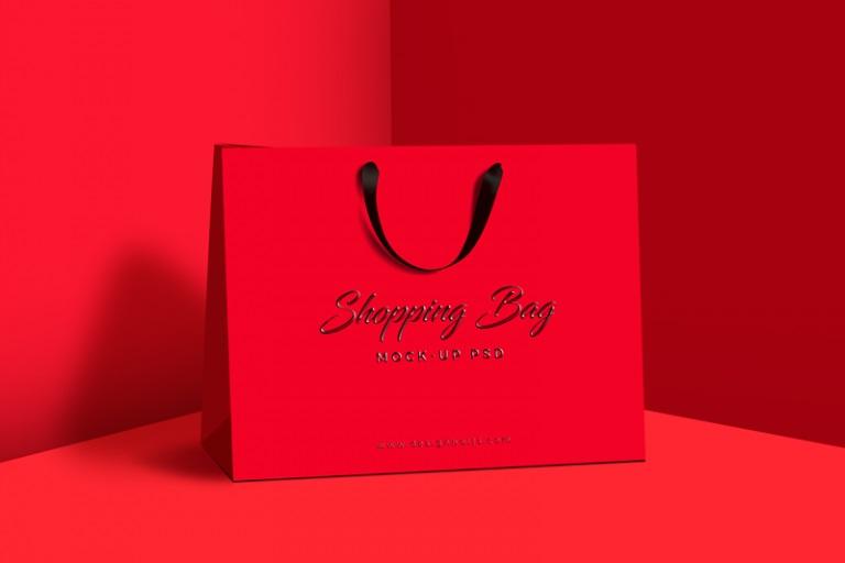 高档吊带手提购物纸袋样机PSD素材下载